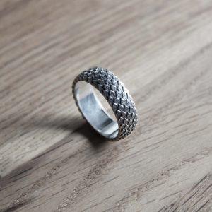 silvernidhog